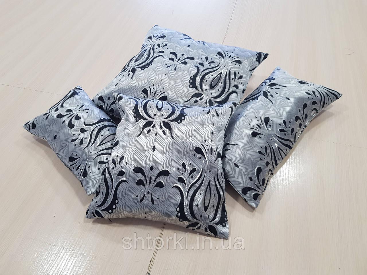 Комплект подушек серые с черным рисунком, 4шт