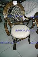 Плетеное кресло 0411А из натурального ротанга с мягким сиденьем - подушкой
