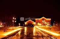 Световая иллюминация, новогоднее освещение фасада, подсветка зданий, украшение домов гирляндами