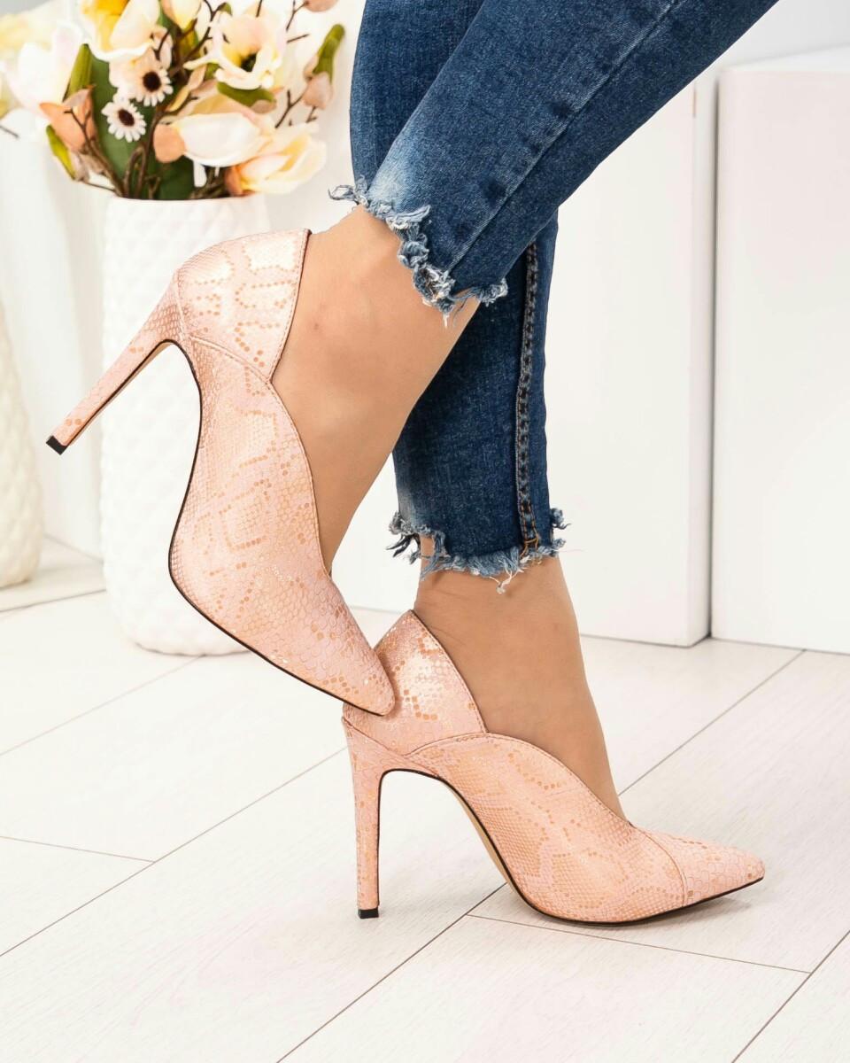 Женские туфли-лодочки пудра на шпильке натуральная кожа с тиснением под рептилию. Размер 37 39
