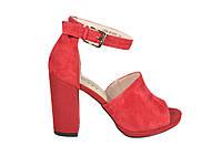 Красные босоножки на каблуке Gotti
