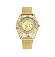 Женские кварцевые наручные часы в золотом цвете в стиле Дольче Габбана