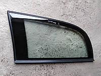 Стекло заднее глухое Opel Omega B, Опель Омега Б. Левое.