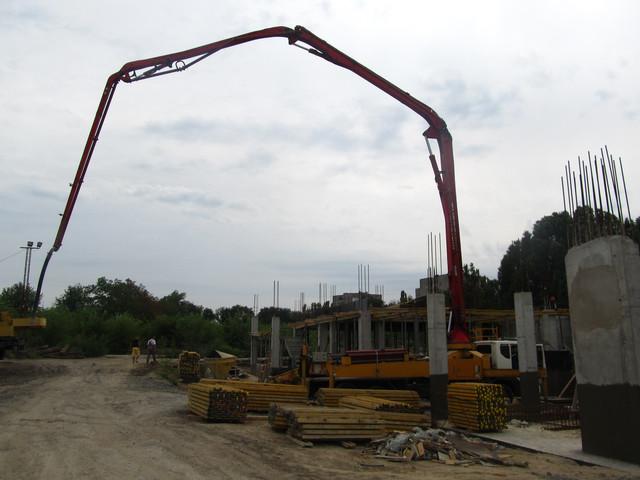 Правила укладки бетона окрашивание цементным раствором