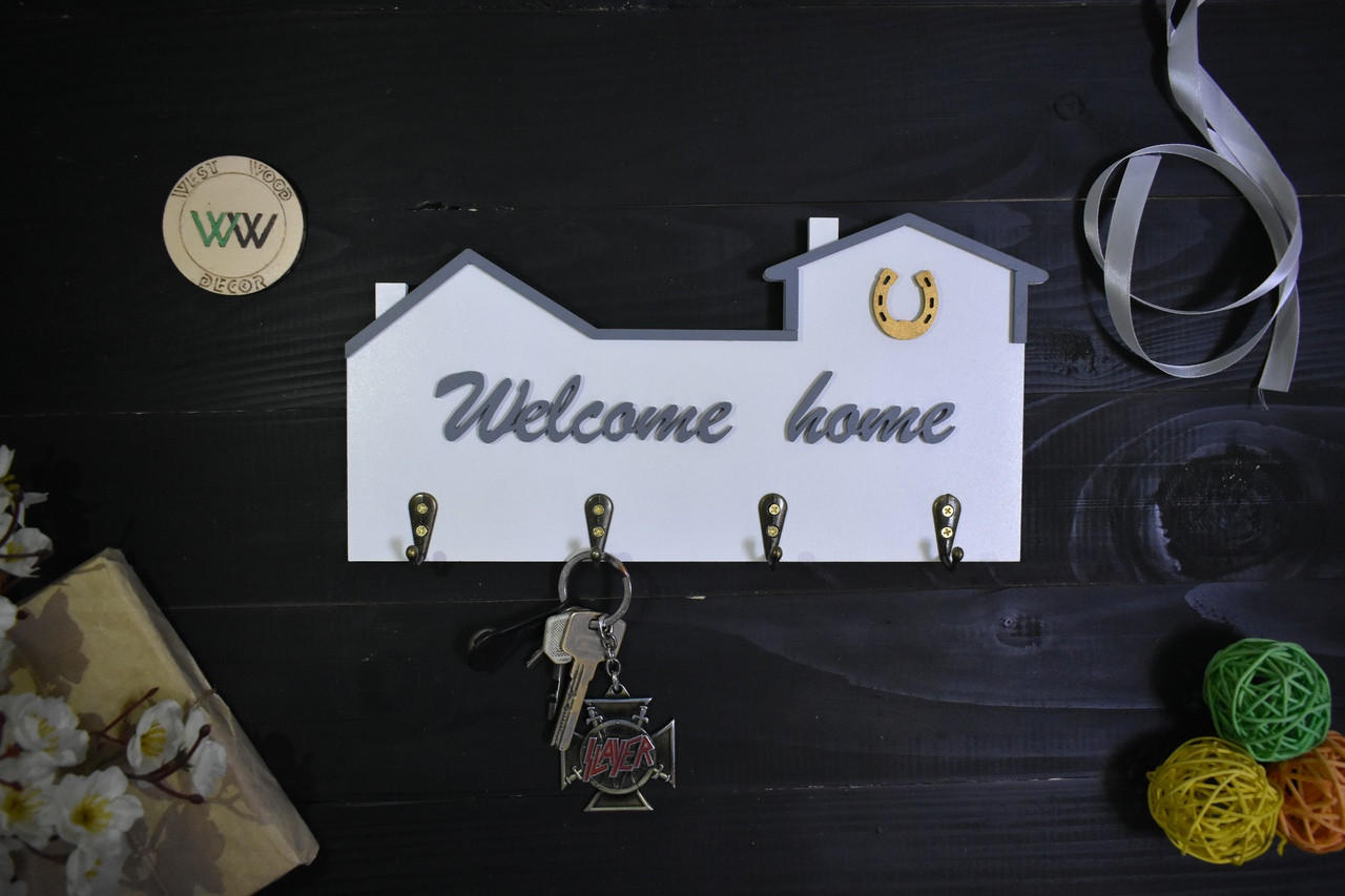 Ключница из дерева Welcome Home с подковой