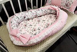 Кокон - гнездышко для новорожденного (двухсторонее, кружево) внутрений размер 70х45см