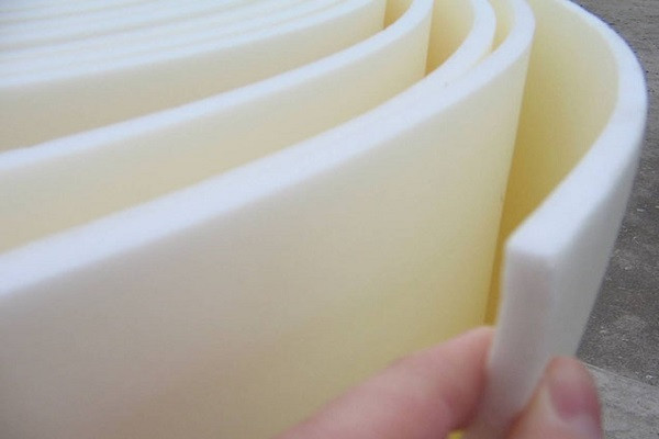 Изолон 300 полотно химически-сшитое  ППЕ НХ 4 мм 66 плотность