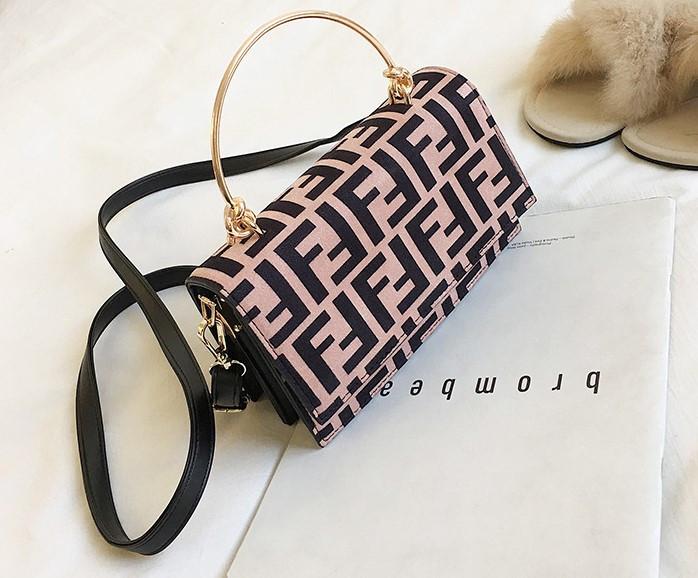 755d439105ee Модная женская сумка в стиле Fendi: продажа, цена в Одессе. женские ...