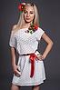 Летнее платье с цветком белое