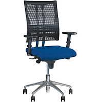 Кресло для персонала @-MOTION R ES AL32 c «Синхромеханизмом»