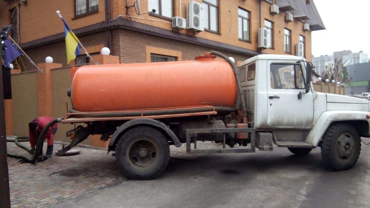 Выкачка ям Стеценко ,Берковцы Киев