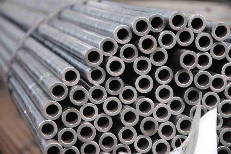 Труба сталева безшовна ст 20 ф 80х8 мм гарячекатані ГОСТ 8732, холоднокатанные
