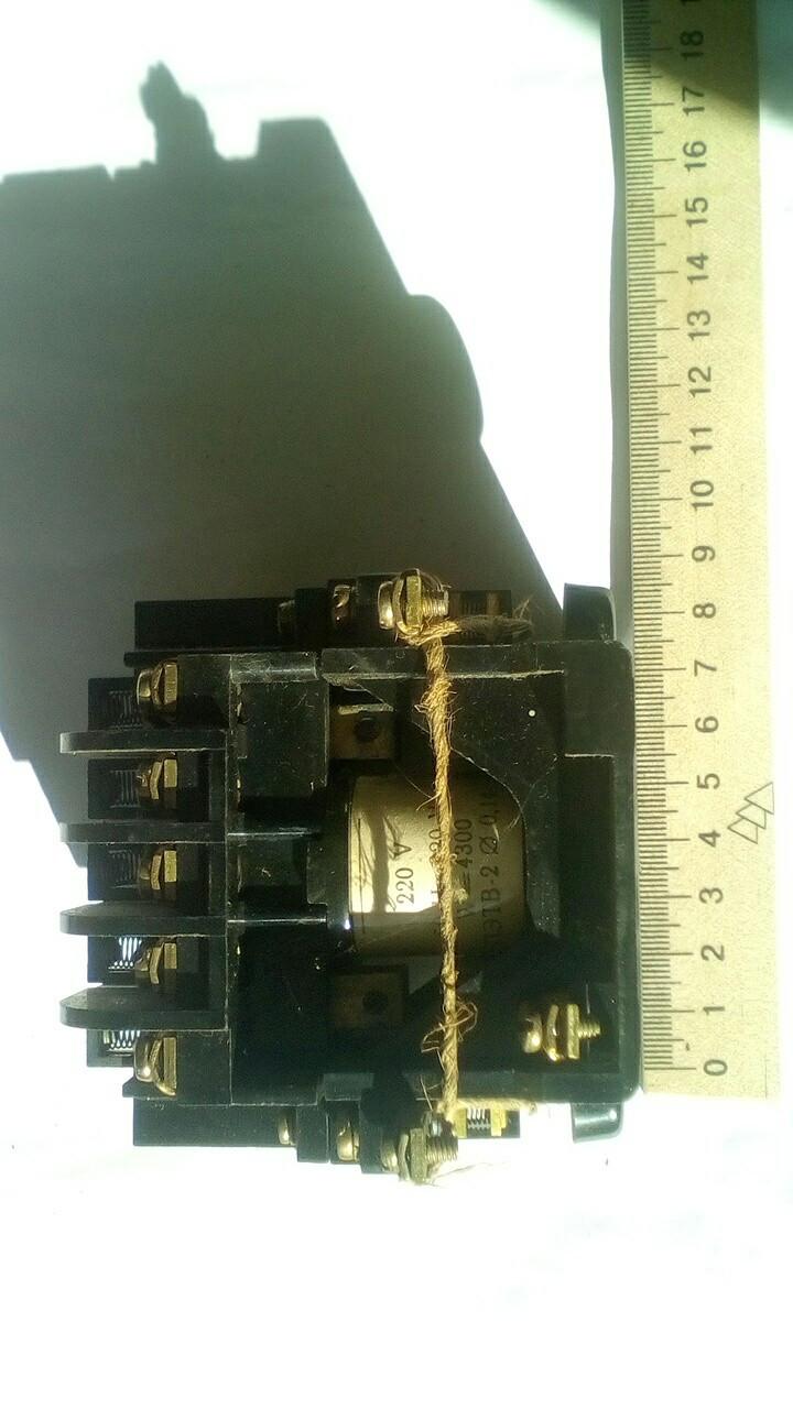 ПМЕ 111 на 10А пускатель электромагнитный
