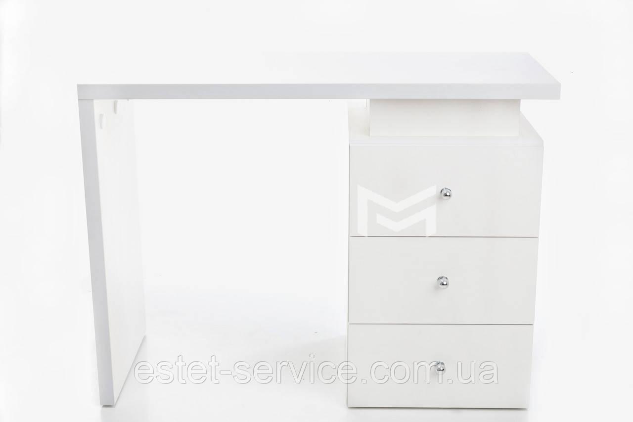 Маникюрный стол от производителя в белом цвете М114