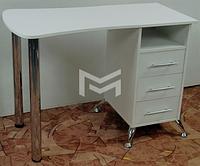 Маникюрный стол для салона красоты с фасадами с каретной стяжкой М131