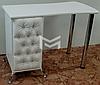 Маникюрный стол для салона красоты с фасадами с каретной стяжкой М131, фото 2