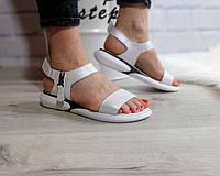 Белые женские босоножки без каблука кожа Ko0108