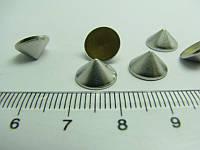 Шипы металлические с клеем