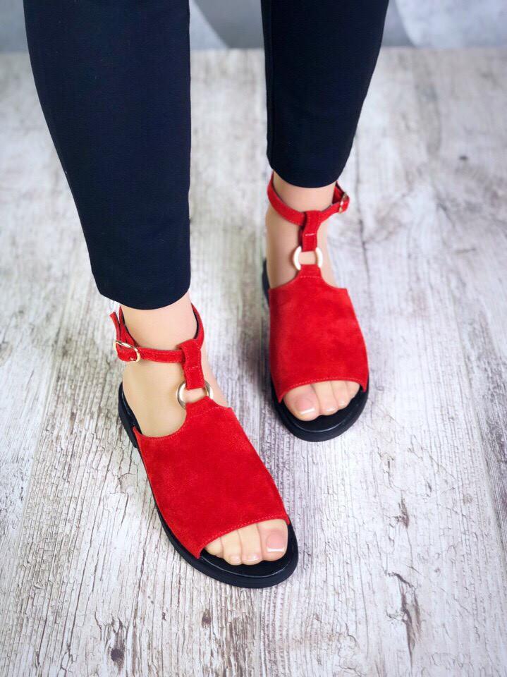 Женские красные замшевые босоножки Nana