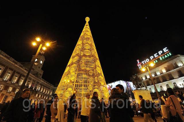 Необычная елка Мадрид