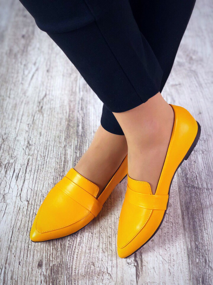 Женские кожаные балетки желтого цвета Riply