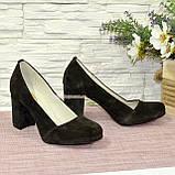 Туфли замшевые на высоком устойчивом каблуке, цвет коричневый, фото 4
