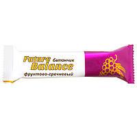 Батончик злаковый Future Balance ФРУКТОВО-ГРЕЧНЕВЫЙ, 30 г,  с зеленой гречкой, фрукты 30%