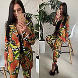 Женский стильный брючный костюм с принтами: пиджак и брюки (расцветки), фото 4