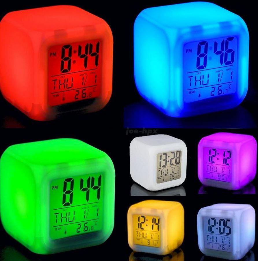 Часы хамелеон с Термометром Будильником датой ночник 7 цветов Разноцветные Электронные Большой Экран для дома
