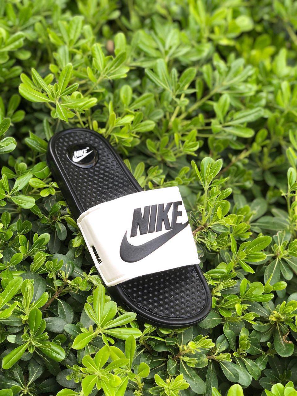 Мужские шлепанцы Nike