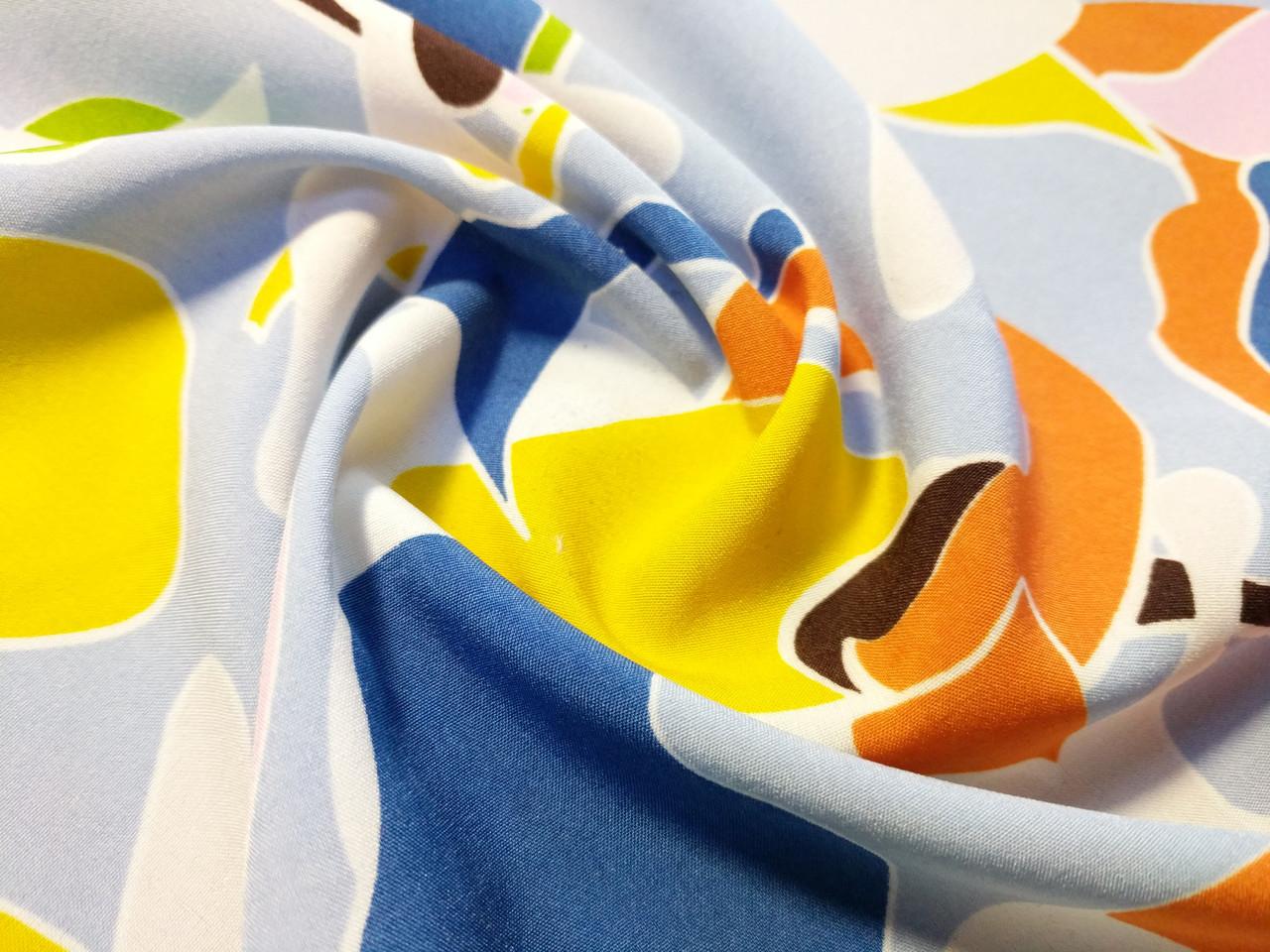 Французская вискоза софт яркая мозаика, бледно-голубой