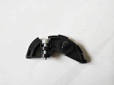 Кріплення троса газу до мотокоси Stihl FS 55