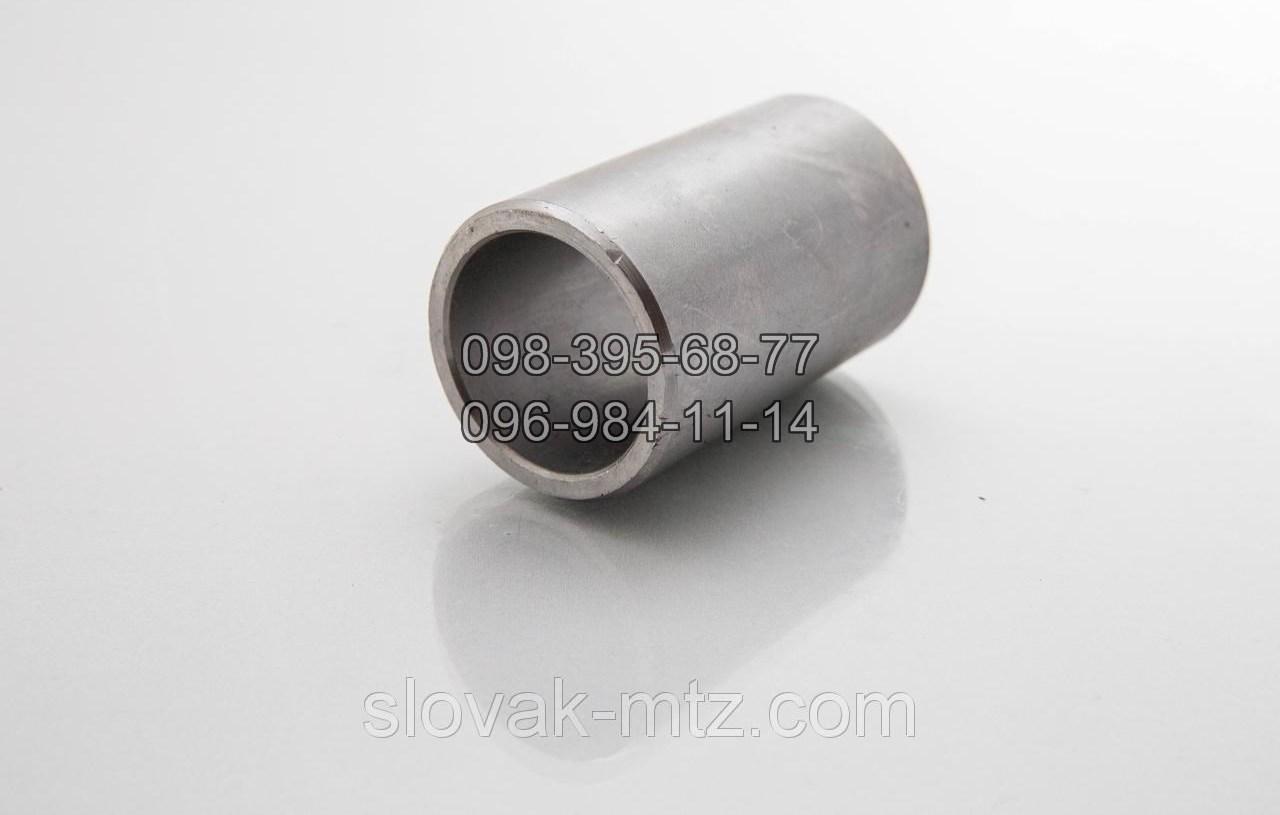 Втулка оси навески МТЗ. 50-2401032