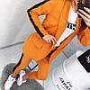 Молодежный брючный костюм с лампасами: пиджак без пуговиц, штаны зауженные укороченные, фото 7