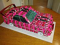 Спортивный автомобиль из конфет