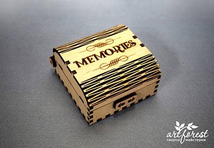 Шкатулка из фанеры  для флешки (MEMORIES), фото 2