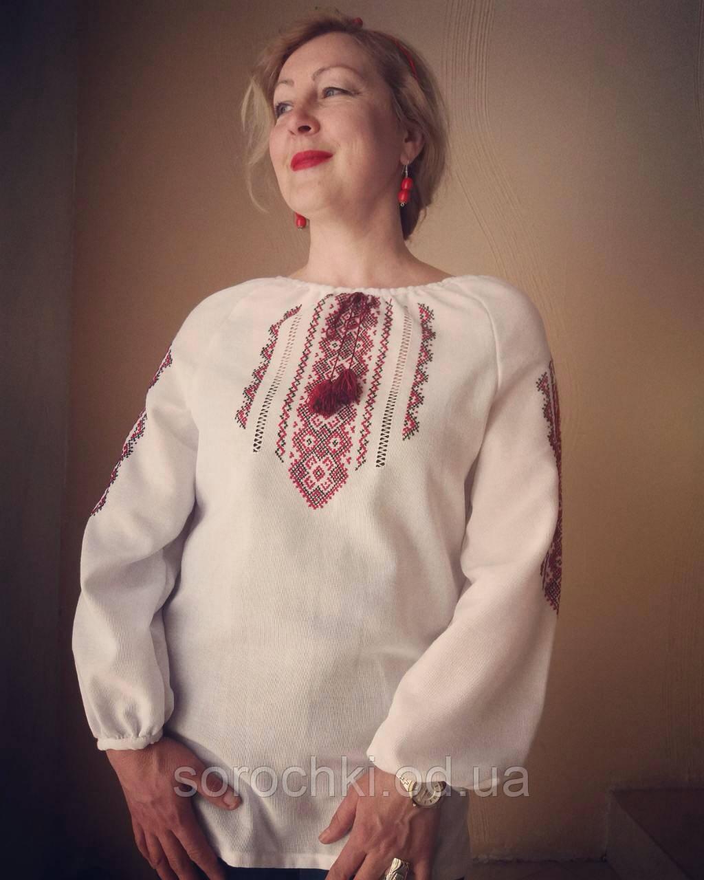 Вышиванка , женская , белая , ручная вышивка на домотканной ткани