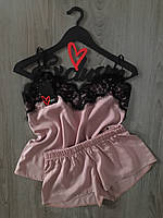 Бежевый пижамный комплект майка и шорты с кружевом - штапель.