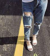 Сандали женские белые с ремешком