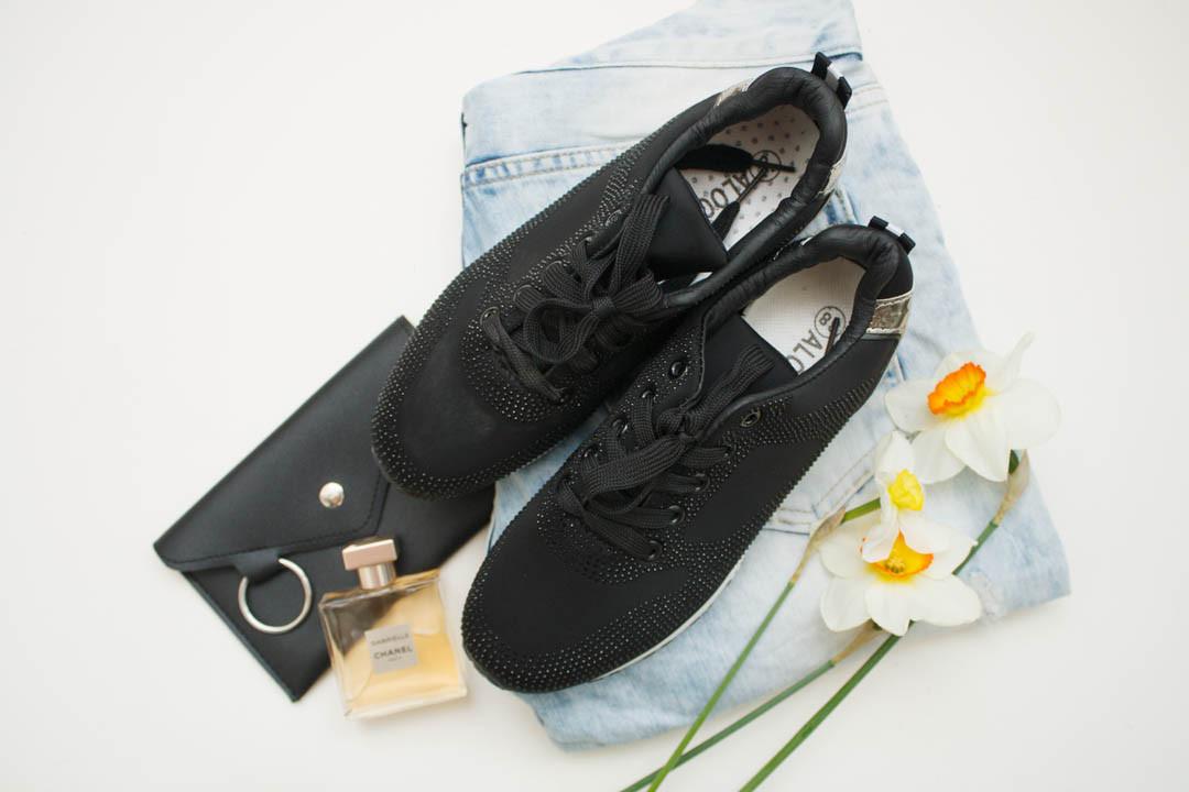 Женские кроссовки (Код: 18-202 черн )