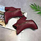 Красные ботинки на каблуках, фото 3