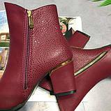 Красные ботинки на каблуках, фото 6