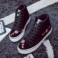 Черные зимние кроссовки с вышивкой, фото 1