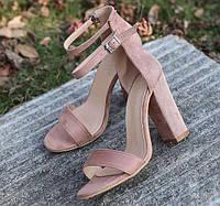 Розовые босоножки на толстом каблуке, фото 1