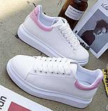 Дешевые женские кроссовки с розовым задником и надписью, фото 5