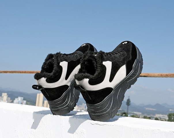 Кроссовки на зиму на высокой подошве черные
