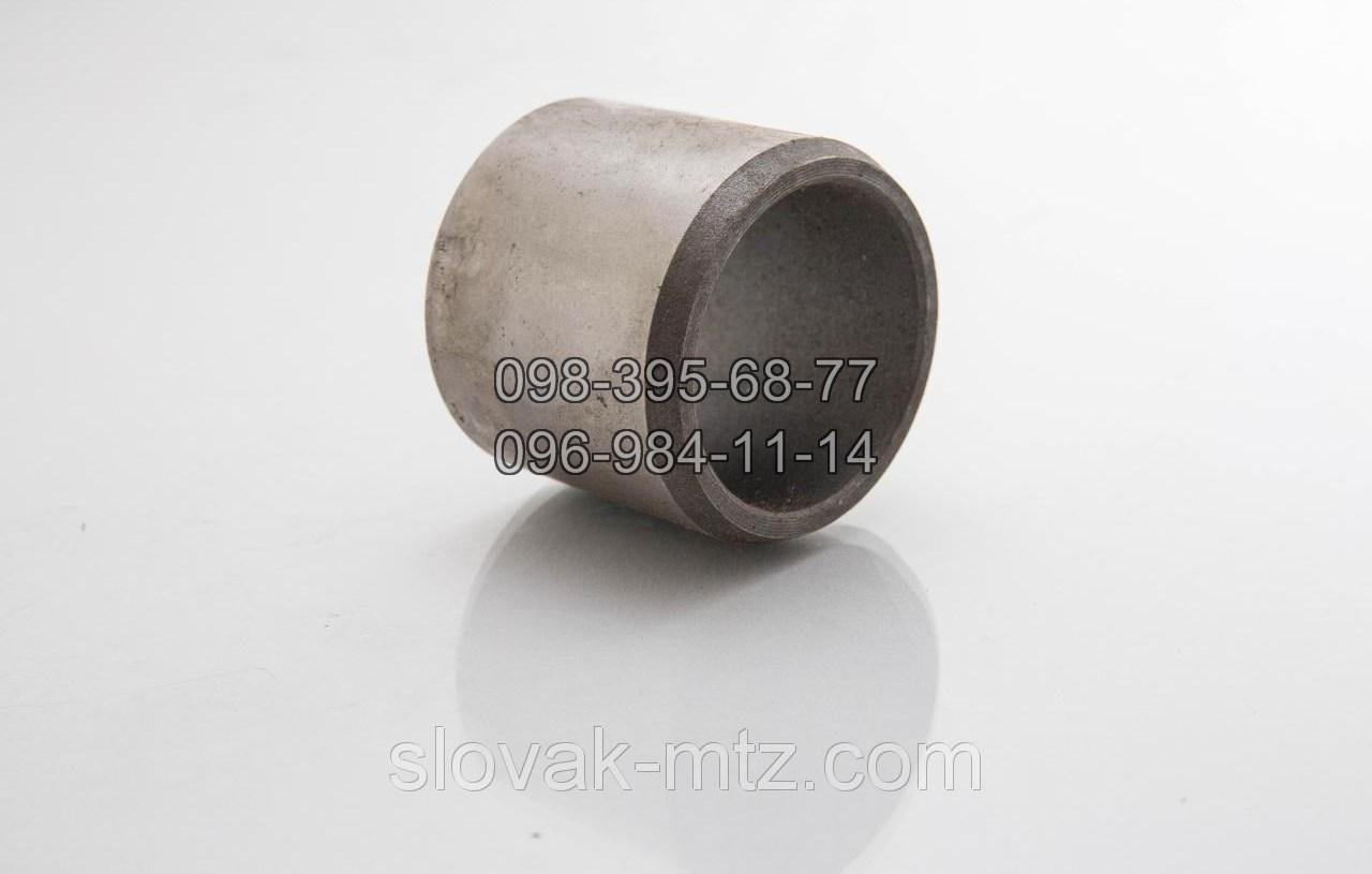 Втулка бруса МТЗ. 40-3001022