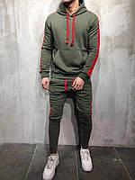 Мужской оливковый спортивный костюм с лампасами