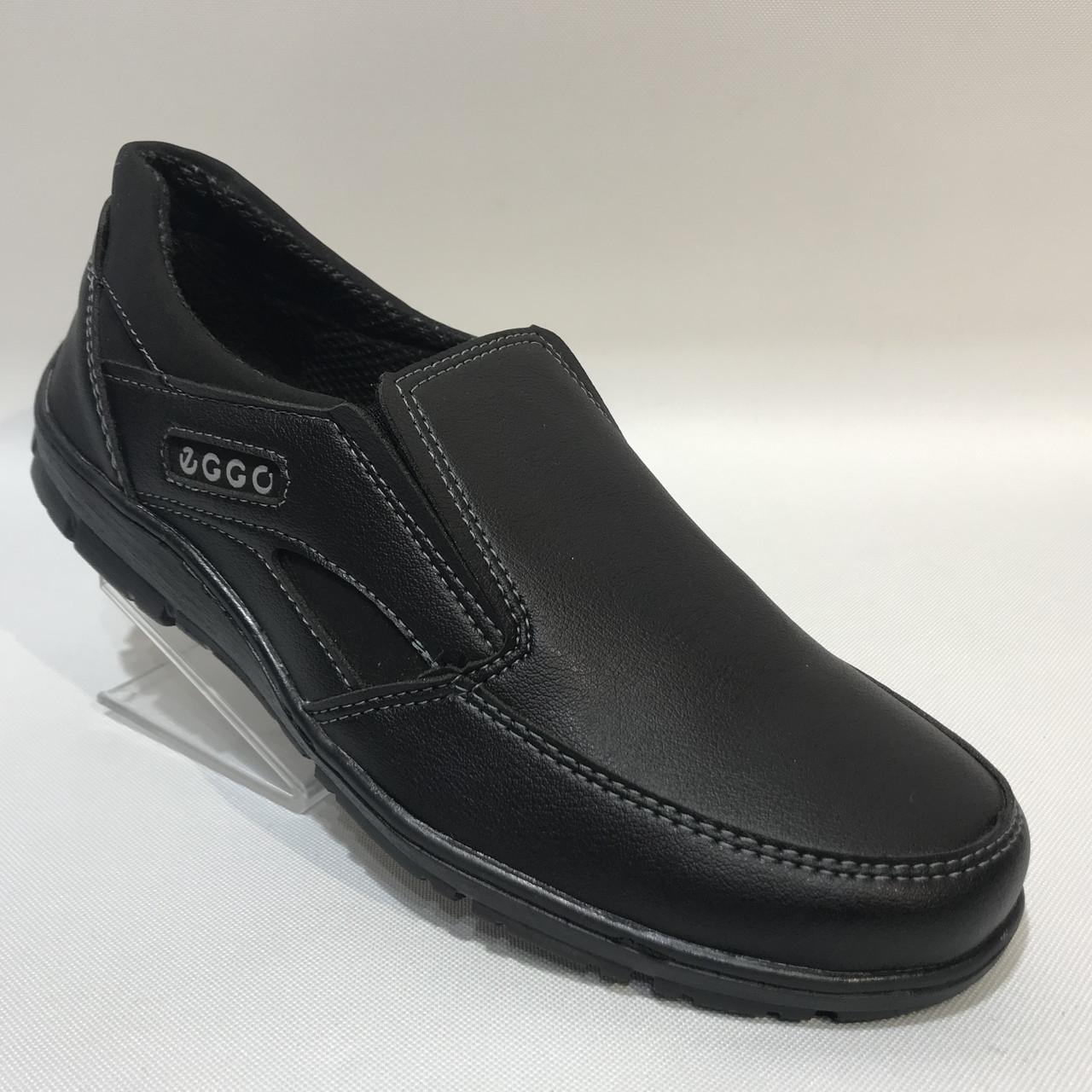 Мужские туфли искусственная кожа р. 44 последняя пара