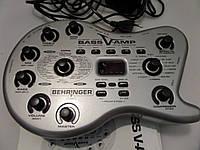 Гитарный процессор Behringer V-Amp Bass подходит также для клавиш